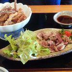52332233 - 【ゲソ唐あげ】421円【国産鶏たたき】421円