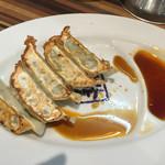 ラーメン堂仙台っ子 - ランチセットの餃子1個食べたあと