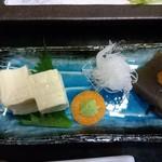 52339691 - 豆腐とこんにゃく   とてもおいしかった目委員にしてほしい。