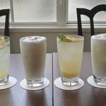 HOWA - ドリンク写真:はちみつレモン、はちみつジンジャー、はちみつミルク、