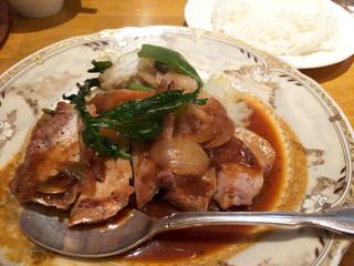 西洋厨房 れんが亭 - ポークソテー(900円)
