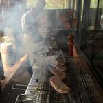 天瀬温泉カントリークラブ - お肉焼いてますよ〜 28年6月15日