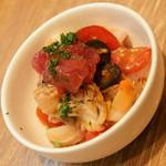 キッチン ラフト - 川崎小川町バル(1品と1杯で800円相当)の『魚介のマリネ』2016年6月