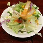 Asian Dining & Bar SAPANA - ランチのサラダ 2016.6撮影