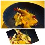 TTOAHISU - ◆天草の岩牡蠣と柑橘を使用したお料理。       牡蠣は80度で蒸してあり、旨みが凝縮していますね。