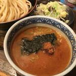 三田製麺所 - つけ汁アップ