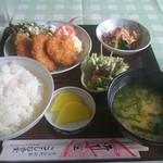 ことしお - 料理写真:日替り定食 700円