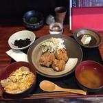 52368030 - ハーフ親子丼+ハーフ唐揚げランチ850円