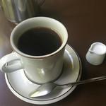 喫茶 吉野 - ブレンドコーヒー580円也