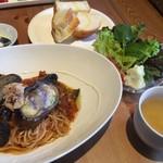 52385397 - ツナと大阪産ナスビのトマトソースパスタセット(¥920)(税別)