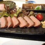 鶴弥 - 和牛網焼き
