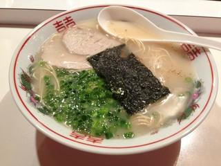 博多ラーメン のんきや - ラーメン500円