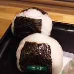 喫茶キラキラ - おにぎり(明太マヨ・銀鮭)
