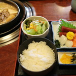 相撲茶屋ちゃんこ 龍ケ浜 - 龍ケ浜定食 ちゃんこ+お刺身定食です1600円税込み