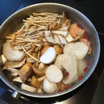 御膳房 - 雲南キノコ地鶏火鍋