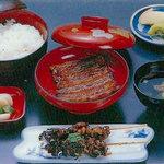 うなぎ処 新角 - うなぎ定食 貴重なうなぎの肝を十数匹使ったボリュームある定食
