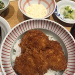 52401141 - たれカツ丼