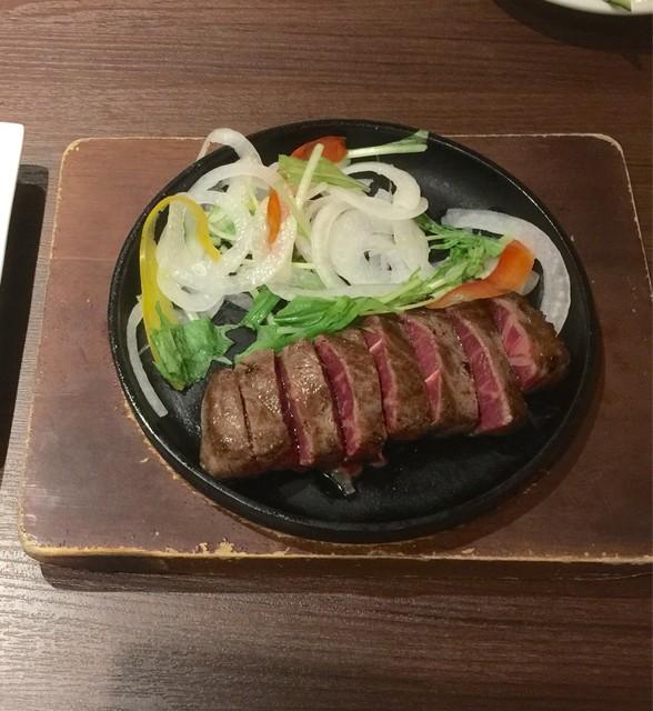 肉屋の肉バル TAJIMAYA Whityうめだ店