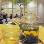 神楽坂 茶寮 - ドリンク写真:煎茶レモングラス