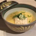 52409786 - 夏のコース                       二の膳:穴子と枝豆の茶碗蒸し