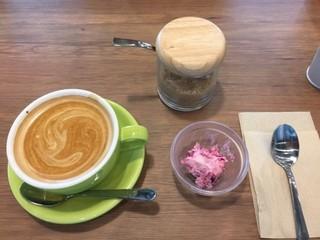 S PRESS CAFE - カフェラッテとデザート