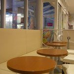 サーティワンアイスクリーム - イートインスペースが広々