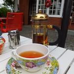ティールーム 霧笛 - 2016.06.04撮影 紅茶