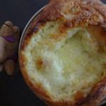 52429121 - チーズブレッド(マリボー&エメンタール