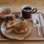 カフェ しろくろや - 料理写真:ベーグルサンド