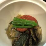 貴与次郎 - 鮑と野菜の焚き物