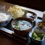 こーひーたいむ - ハンバーグランチ(珈琲付き)、¥1000