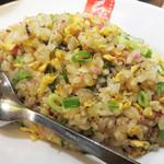 久留米ラーメン 清陽軒 - 「今、久留米グルメのトレンドはヤキメシやろ~♪』ということで、       久留米焼きめし。