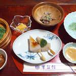 常盤館 - 青岩コース(¥2160)。これに「いりとり」、ごはん・味噌汁・お新香が付きます