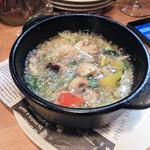 セレナ食堂 - 魚介のアヒージョ