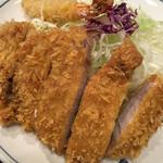 大五 - トンカツ定食1300円