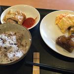 Chikushinotempainosatoshizenshokubuffehimehotaru - ご飯は基本