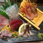 魚真 - 刺身盛り合わせ特上2人前1960円 2016.6撮影