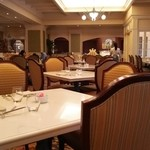 シャーウッドガーデン レストラン -