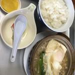 永井食堂 - 肉鍋定食800円。