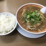 らーめん藤 - 油かすらーめん800円&ライス(ランチタイム無料)