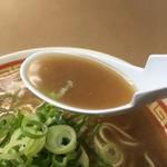 らーめん藤 - 油かすらーめんのスープ