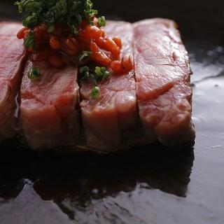 神戸牛シャトーブリアンヘレステーキ旨味が凝縮しています。