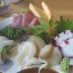 浜茶屋 海鮮 - 料理写真:刺身定食 冷凍