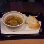 角や - アヒージョとフランスパン