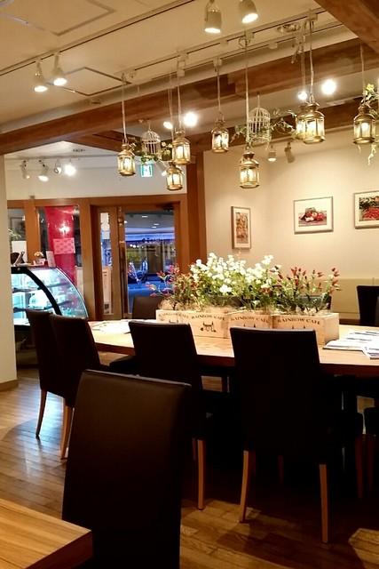 にじいろカフェ - 店内