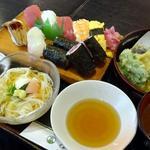 仙石すし 本店 - ランチ寿司定食