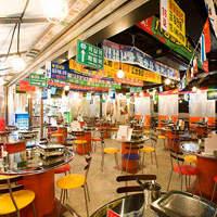 韓国を完全再現!屋台風テーブル席。宴会はもちろん、友人知人とのお食事にも。
