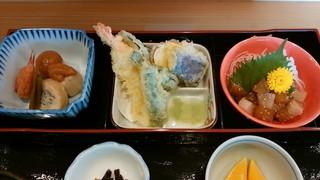 ごはん屋 和 - 「なごみ膳」の3種惣菜