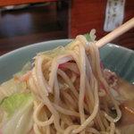 あきこのちゃんぽん - 麺はムチムチっとしております。
