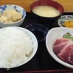 おけいちゃん - かつお刺身定食680円